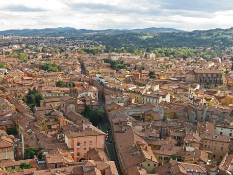 Bologna Italy Tourist Information and Travel Guide
